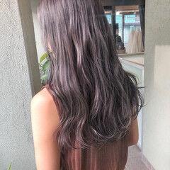 シルバーアッシュ ブリーチカラー ナチュラル シルバーグレイ ヘアスタイルや髪型の写真・画像