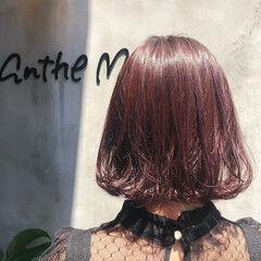 フェミニン レットバイオレット ピンクバイオレット 赤髪 ヘアスタイルや髪型の写真・画像