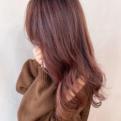 チェリー ピンクベージュ ロング チェリーピンク ヘアスタイルや髪型の写真・画像