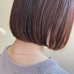 ピンクラベンダー ベリーピンク ボブ 切りっぱなしボブ ヘアスタイルや髪型の写真・画像