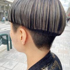 ミニボブ 刈り上げショート 刈り上げ ホワイトブリーチ ヘアスタイルや髪型の写真・画像