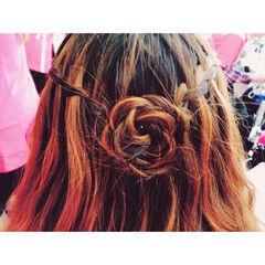 ショート 甘め 花 簡単ヘアアレンジ ヘアスタイルや髪型の写真・画像