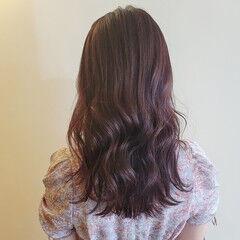 バイオレットカラー アンニュイほつれヘア セミロング ピンクラベンダー ヘアスタイルや髪型の写真・画像