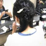 ヘアアレンジ 結婚式 セミロング 編み込みヘア