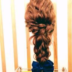 三つ編み ロープ編み ヘアアレンジ ナチュラル ヘアスタイルや髪型の写真・画像