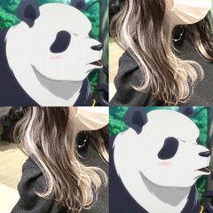 ミルクティーグレージュ インナーカラーホワイト ミディアム フェミニン ヘアスタイルや髪型の写真・画像