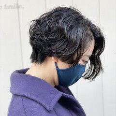 ハンサムバング ショートヘア ジェンダーレス ハンサム ヘアスタイルや髪型の写真・画像