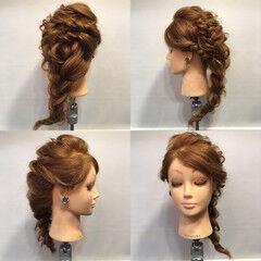 パーティ ヘアアレンジ 三つ編み フィッシュボーン ヘアスタイルや髪型の写真・画像