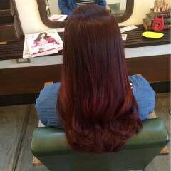 ピンク レッド マルサラ ラズベリーピンク ヘアスタイルや髪型の写真・画像