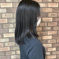 大人ミディアム 艶髪 暗髪 ナチュラル ヘアスタイルや髪型の写真・画像