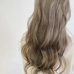 ブリーチオンカラー ミルクティー 透明感カラー ナチュラル ヘアスタイルや髪型の写真・画像