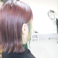 ラベンダーピンク インナーカラー ピンクバイオレット ボブ ヘアスタイルや髪型の写真・画像