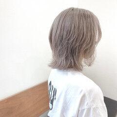 ウルフカット ストリート ハイトーンボブ ボブ ヘアスタイルや髪型の写真・画像