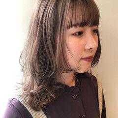 ミディアム ミルクティーグレージュ ミルクティカラー ミルクティーベージュ ヘアスタイルや髪型の写真・画像