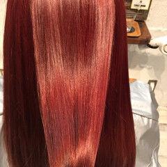 外国人風 ロング 艶髪 パープル ヘアスタイルや髪型の写真・画像