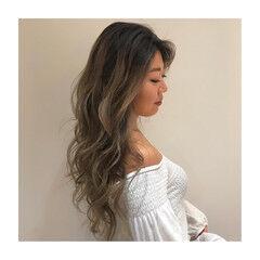 海系 ヘアアレンジ バレイヤージュ エレガント ヘアスタイルや髪型の写真・画像