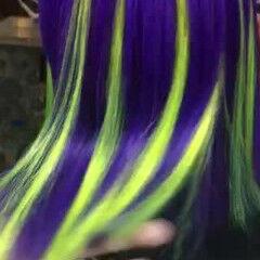 レインボーカラー 派手髪 切りっぱなしボブ Wカラー ヘアスタイルや髪型の写真・画像