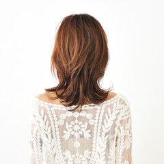 ニュアンスウルフ マッシュウルフ ウルフカット ミディアム ヘアスタイルや髪型の写真・画像