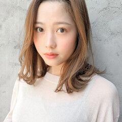 フェミニン 毛先パーマ ショートボブ ラフ ヘアスタイルや髪型の写真・画像