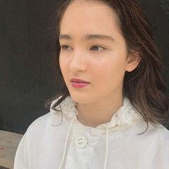 セミロング 抜け感 パーマ レイヤーカット ヘアスタイルや髪型の写真・画像