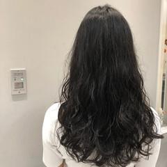 無造作パーマ デジタルパーマ おしゃれ ナチュラルデジパ ヘアスタイルや髪型の写真・画像