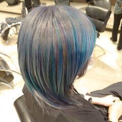 ターコイズブルー モード クリエイティブ ハイライト ヘアスタイルや髪型の写真・画像