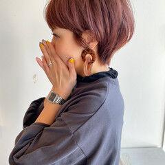 ショート ウルフカット ショートヘア フェミニン ヘアスタイルや髪型の写真・画像