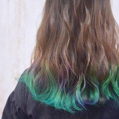 ゆるふわセット エメラルドグリーンカラー セミロング ユニコーンカラー ヘアスタイルや髪型の写真・画像