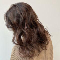 モテ髪 デート ロング ラベンダーカラー ヘアスタイルや髪型の写真・画像