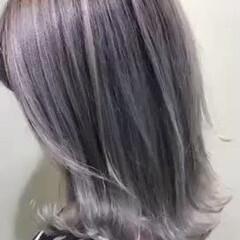 モード ミルクティーグレージュ ホワイトグレージュ ミディアム ヘアスタイルや髪型の写真・画像