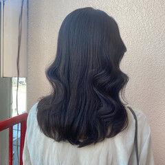 セミロング ブルーブラック アディクシーカラー ガーリー ヘアスタイルや髪型の写真・画像