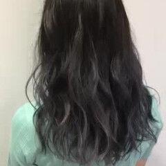 グレー フェミニン 夏 セミロング ヘアスタイルや髪型の写真・画像