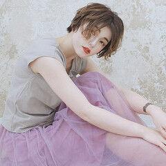 エレガント ハンサムショート ショート センターパート ヘアスタイルや髪型の写真・画像