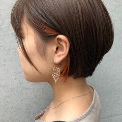 ショート 小顔ヘア インナーカラーオレンジ 女っぽヘア ヘアスタイルや髪型の写真・画像