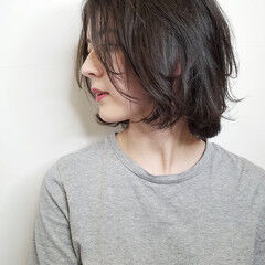伸ばしかけ ボブ 抜け感 こなれ感 ヘアスタイルや髪型の写真・画像