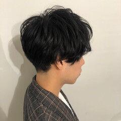 メンズスタイル ショート 前下がり 韓国ヘア ヘアスタイルや髪型の写真・画像