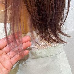 小顔ヘア ミニボブ ガーリー インナーカラー ヘアスタイルや髪型の写真・画像