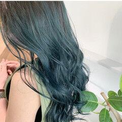 グリーン インナーグリーン ロング エメラルドグリーンカラー ヘアスタイルや髪型の写真・画像