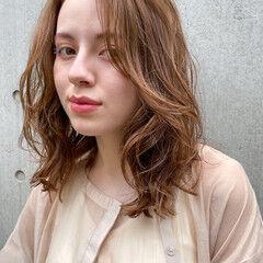 デジタルパーマ エレガント レイヤーカット ヘルシー ヘアスタイルや髪型の写真・画像