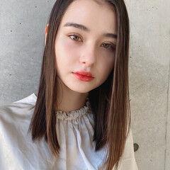 ナチュラル ストレート セミロング 髪質改善トリートメント ヘアスタイルや髪型の写真・画像