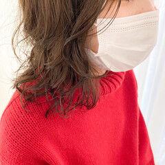 透明感 透明感カラー 無造作パーマ ミディアム ヘアスタイルや髪型の写真・画像