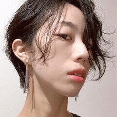 クール モード 大人遊び心満点アシメヘアー 前髪パーマ ヘアスタイルや髪型の写真・画像