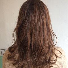 フェミニン アメジスト 透明感 ハイライト ヘアスタイルや髪型の写真・画像