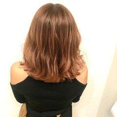 オレンジベージュ ガーリー ブリーチオンカラー ハロウィンカラー ヘアスタイルや髪型の写真・画像