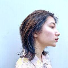 ウルフカット ミディアム モード ブリーチ ヘアスタイルや髪型の写真・画像