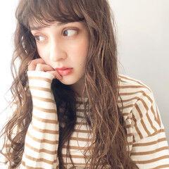 ゆるふわパーマ 前髪パーマ 無造作パーマ グレージュ ヘアスタイルや髪型の写真・画像