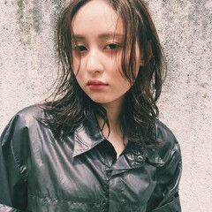アンニュイ ウェーブ 透明感 モード ヘアスタイルや髪型の写真・画像
