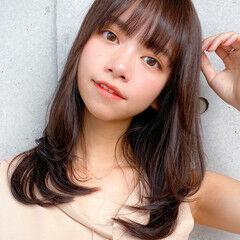 レイヤー コンサバ デジタルパーマ 小顔 ヘアスタイルや髪型の写真・画像