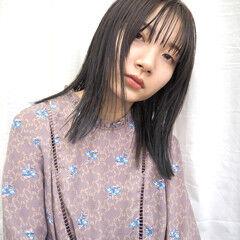 アッシュグレージュ ミディアム ブリーチ モード ヘアスタイルや髪型の写真・画像