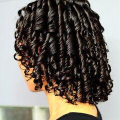 暗髪 スパイラルパーマ ミディアム 黒髪 ヘアスタイルや髪型の写真・画像